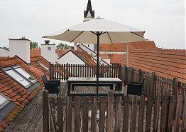 Terasa na střeše vratislavského domu